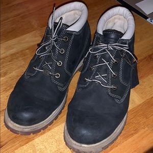 Women's size 10 black Timberland boots